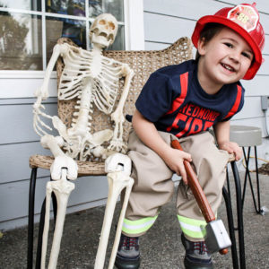 Toddler-fireman-halloween-costume